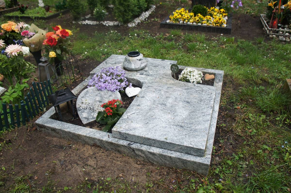 urnengrabmal